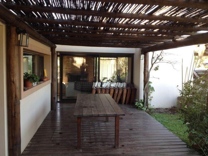 venta alquiler casa 4 dormitorios 3 baños altos de la tahona #233