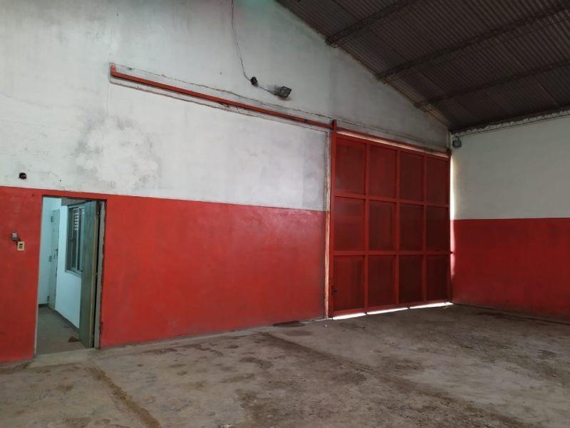 venta - alquiler galpon 240 m2 - 522 e/ 131 y 132