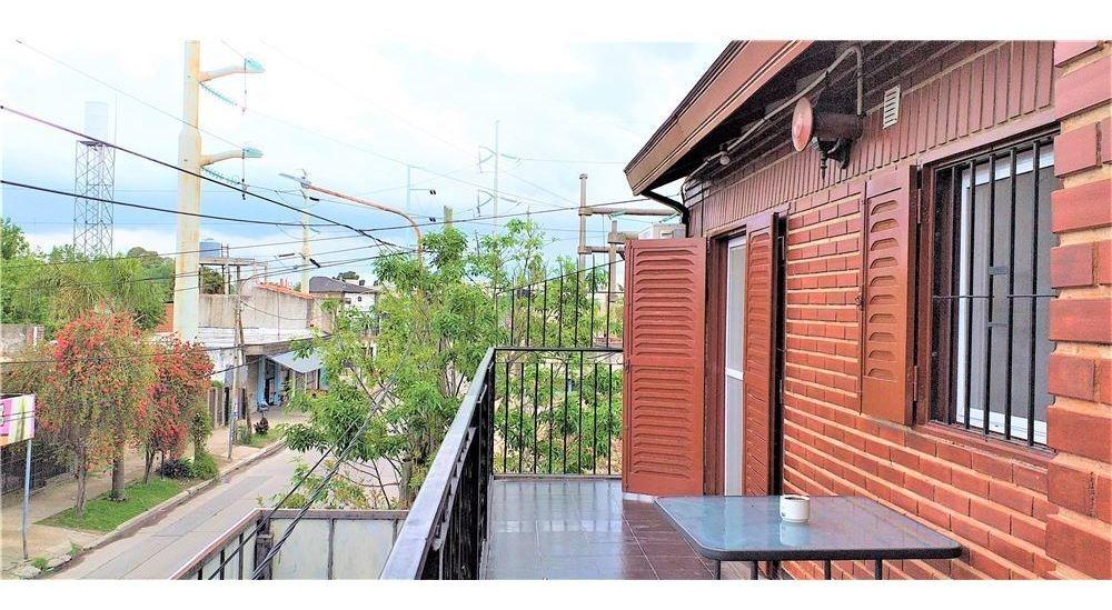 venta amplio local con vivienda gonzalez catan