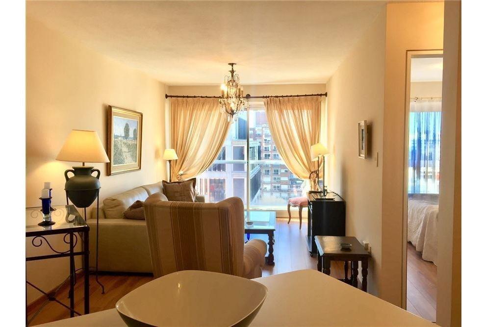 venta apartamento 1 dormitorio, frente al golf