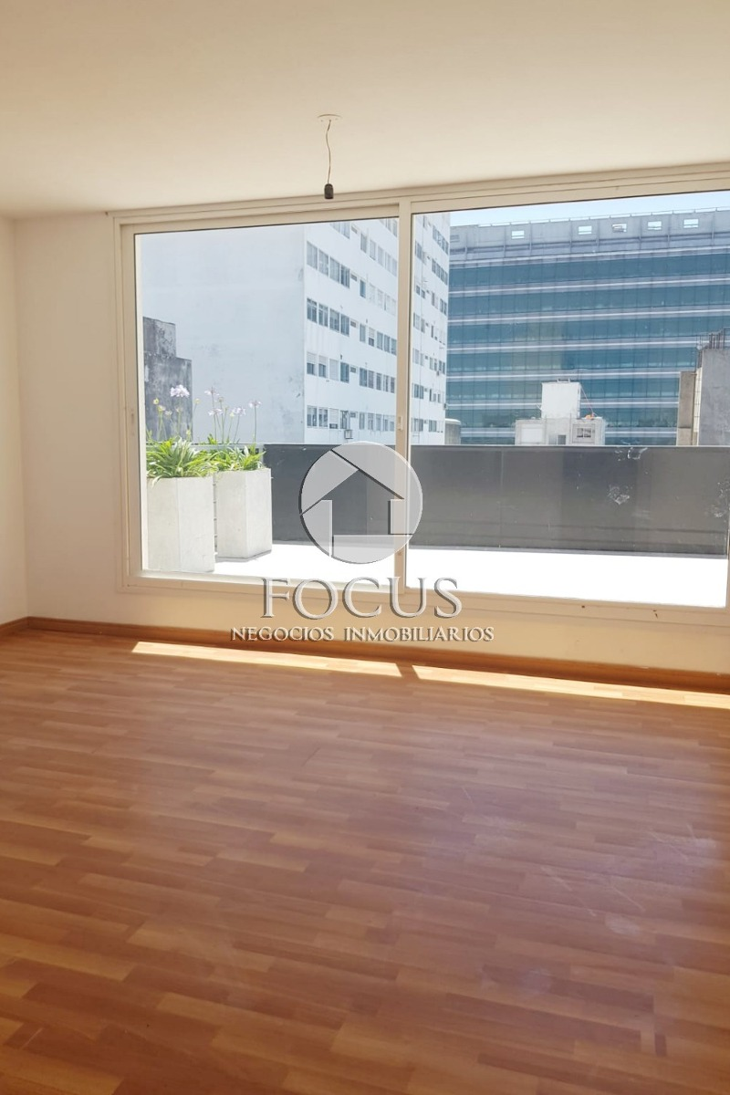 venta apartamento 2 dormitorios, 2 baños, terraza centro