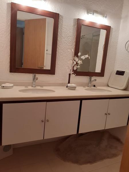 venta apartamento 2 dormitorios más dependencia punta del este