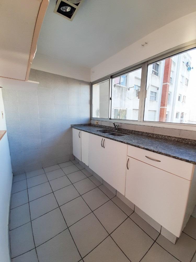 venta apartamento 2 dormitorios y 1 baño en pocitos