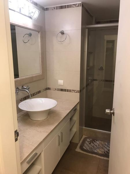 venta apartamento 2 suites más dependencia punta del este