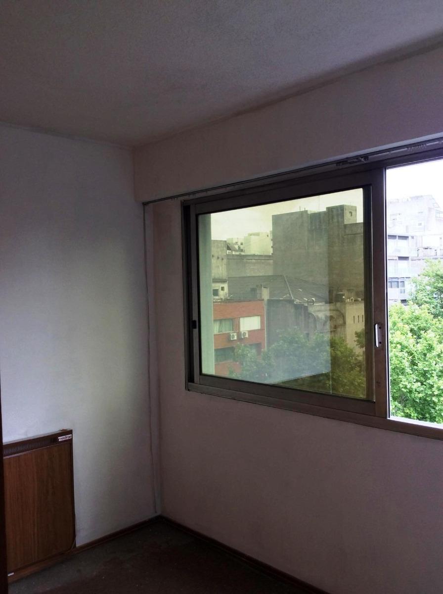 venta apartamento con garage , centro.