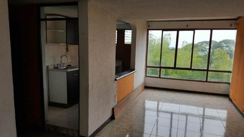 venta apartamento en bosques de pinares