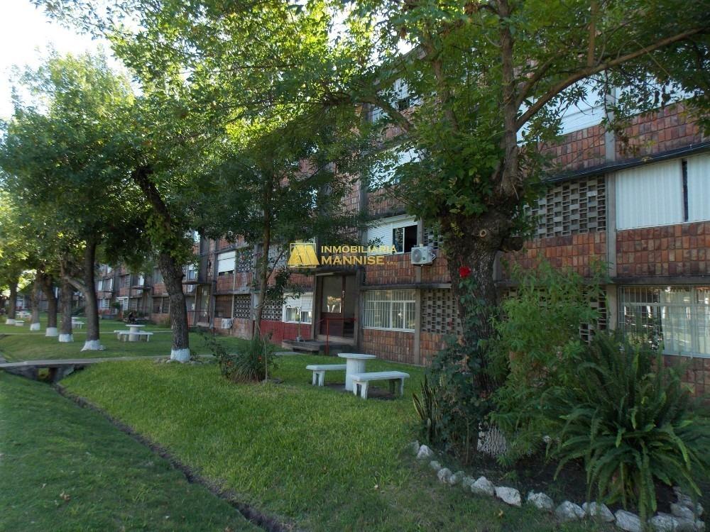 venta - apartamento en paysandú bº pay-cap. 3 dormitorios.