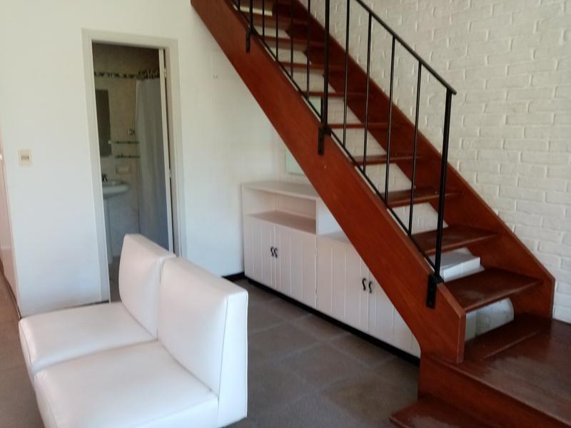 venta apartamento estilo casa 2 dormitorios y medio punta del este