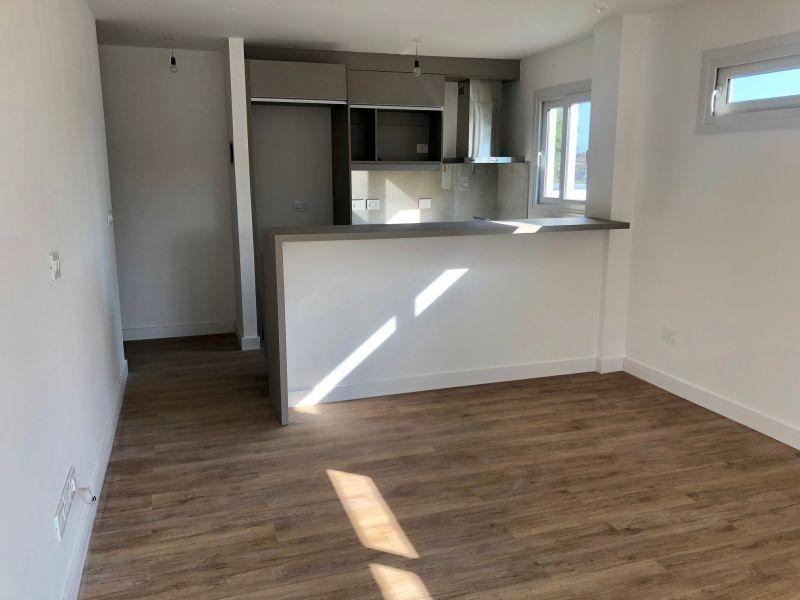 venta apartamento malvin un dormitorio garage
