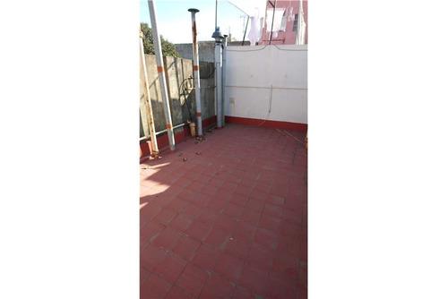 venta barracas ph 3 ambientes con patio