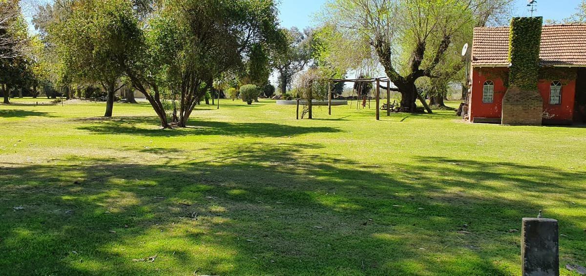 venta campo con dos viviendas en zelaya pilar del este