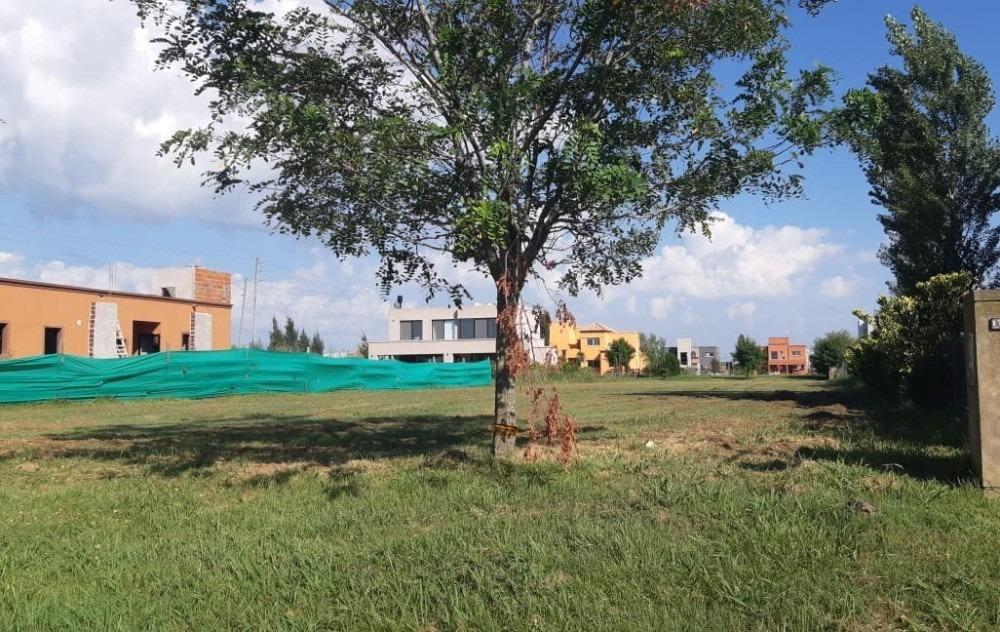 venta canning barrio cerrado santa rita lote interno 890 m2!