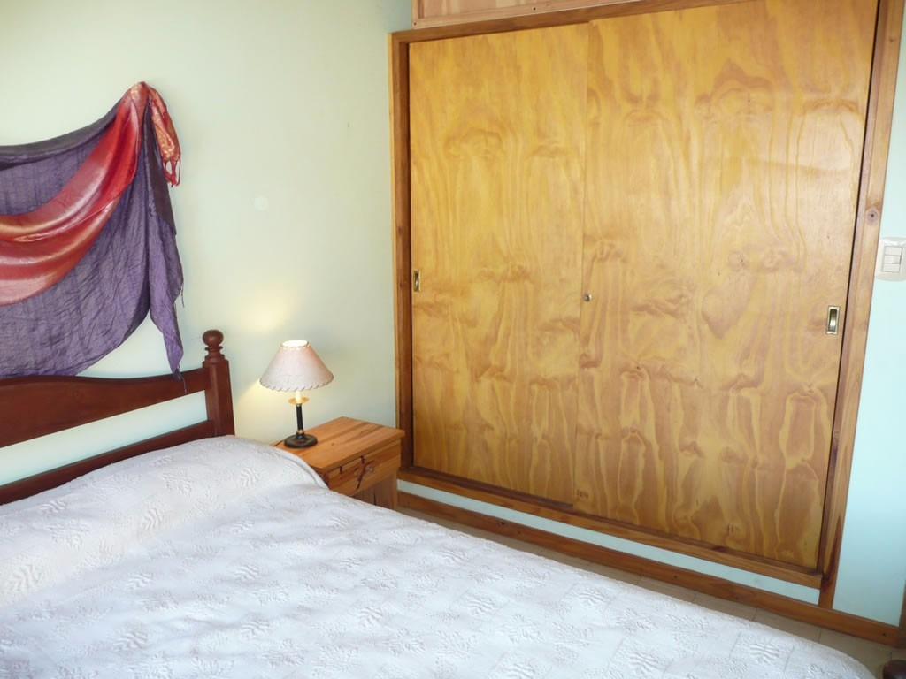venta casa  1 dormitorio villa gesell barrio norte