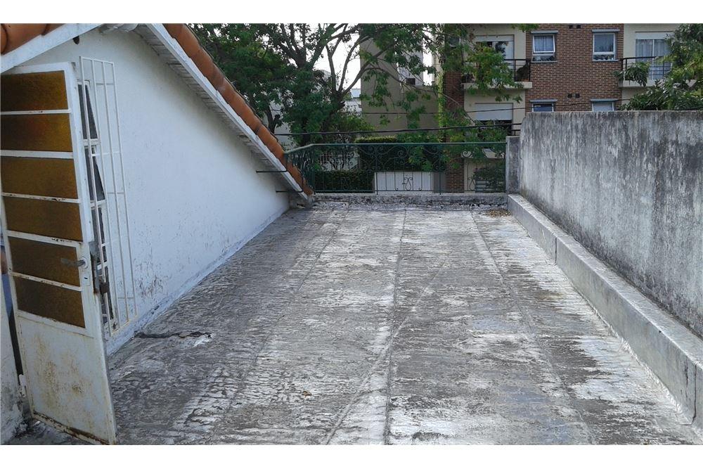 venta casa 14 e/35 y 36 - ideal constructor -