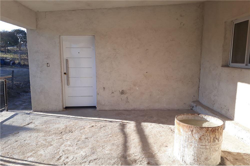 venta casa 2 dorm + 2 dptos en tanti - cordoba