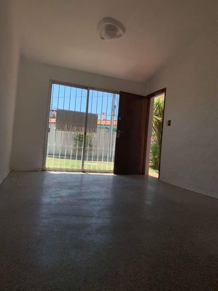 venta casa 2 dormi barrio siracusa usd 120.000 portones shop