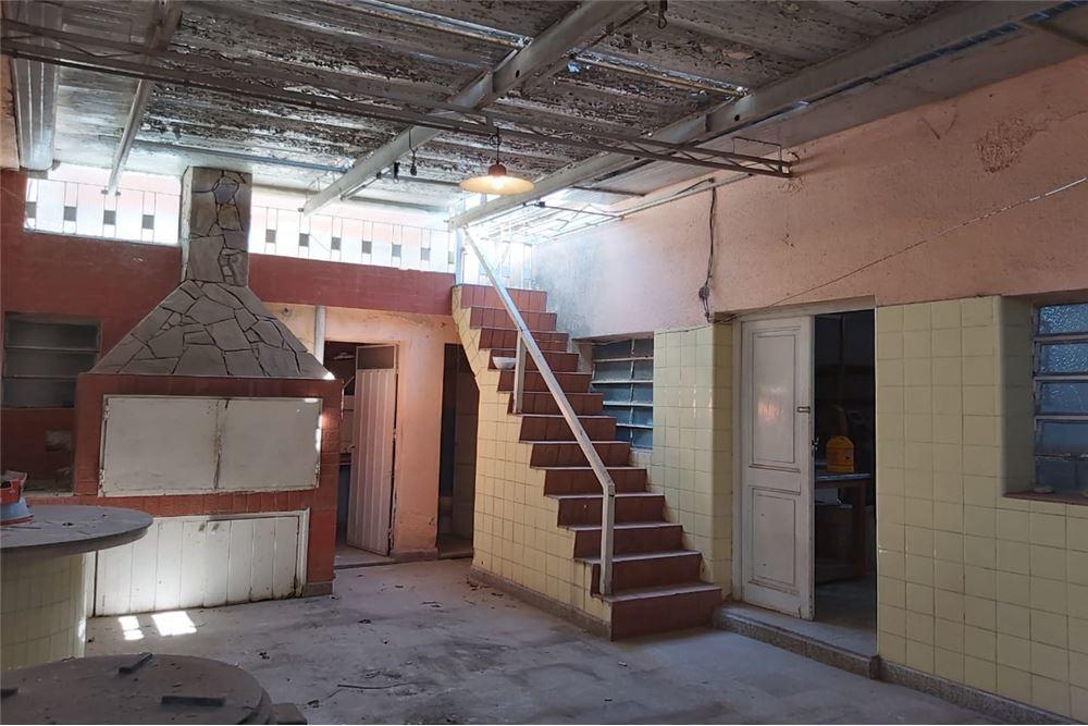 venta casa 2 dormitorios capitan bermudez.