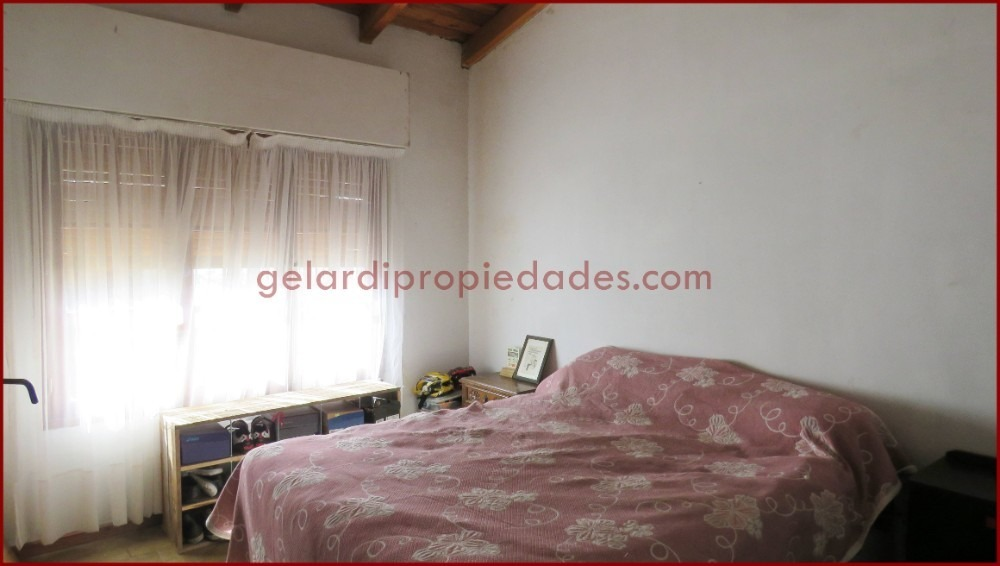 venta - casa 2 dormitorios  carriego 2345, santa margarita