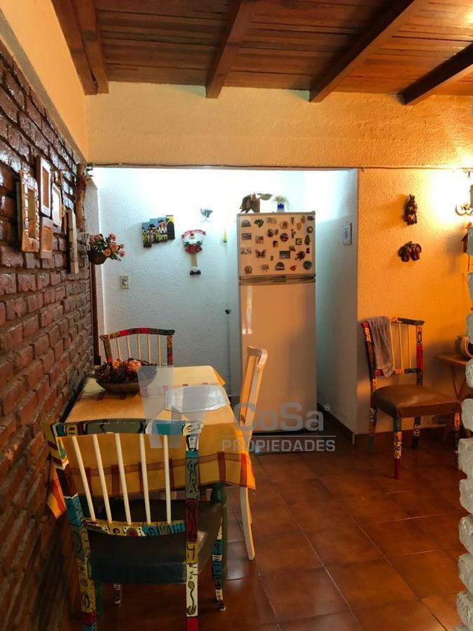 venta casa 2 dormitorios funes