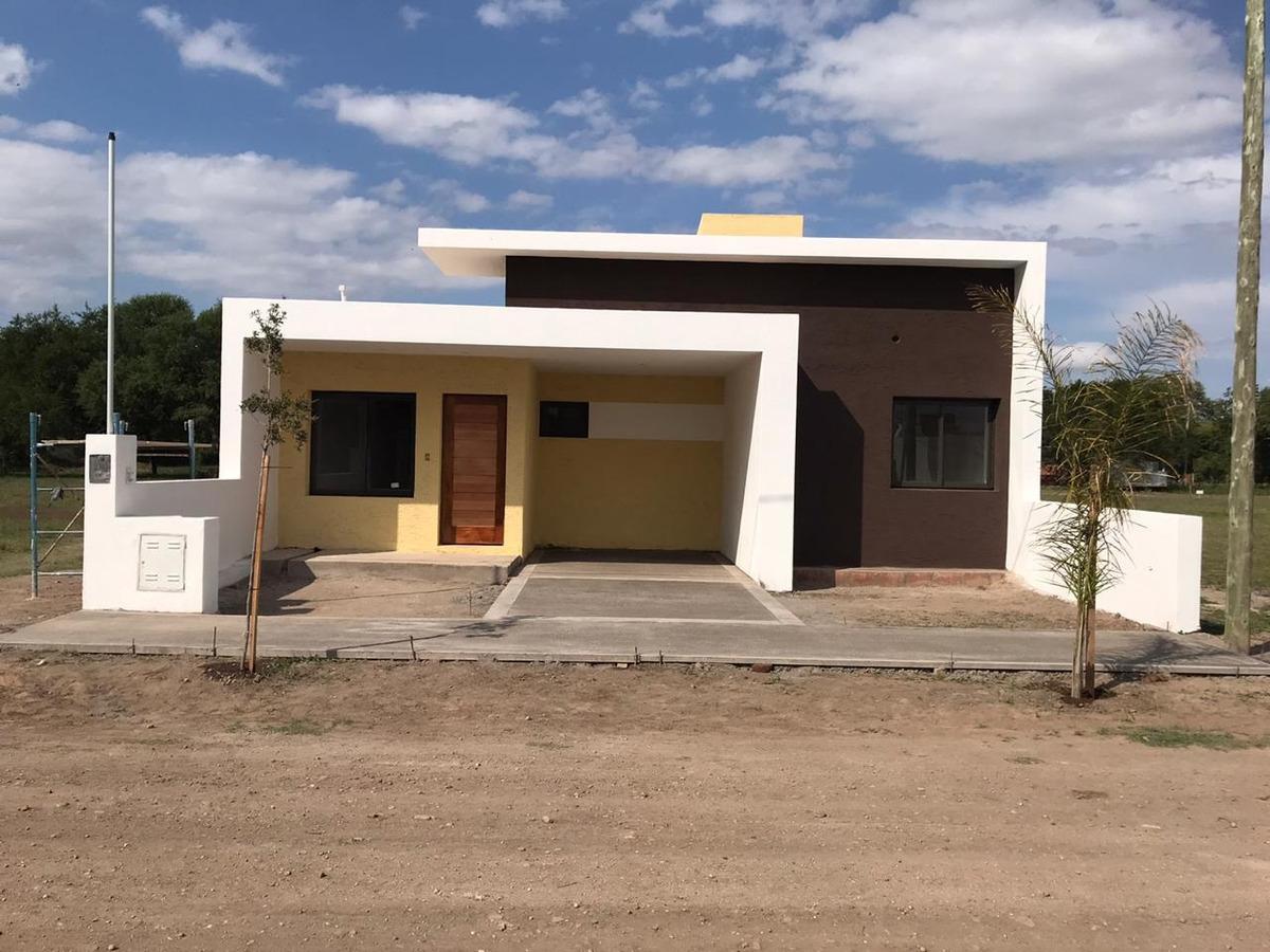 venta casa 2 dormitorios pilar cordoba c/ escritura
