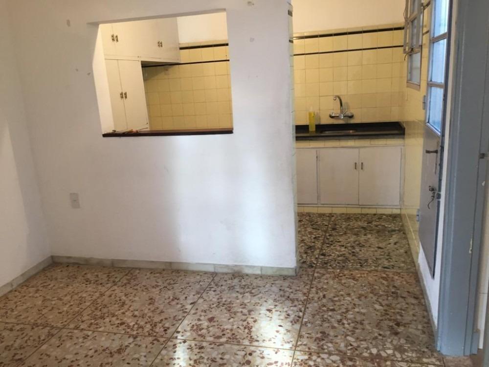 venta casa 2 dormitorios planta alta  zona buceo prox avda