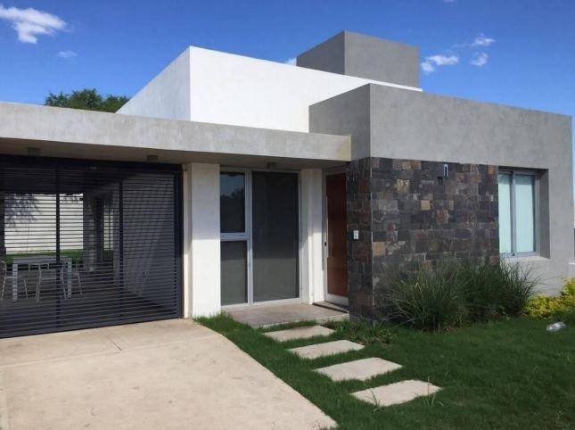 venta casa 2 dormitorios valle escondido patagonia village