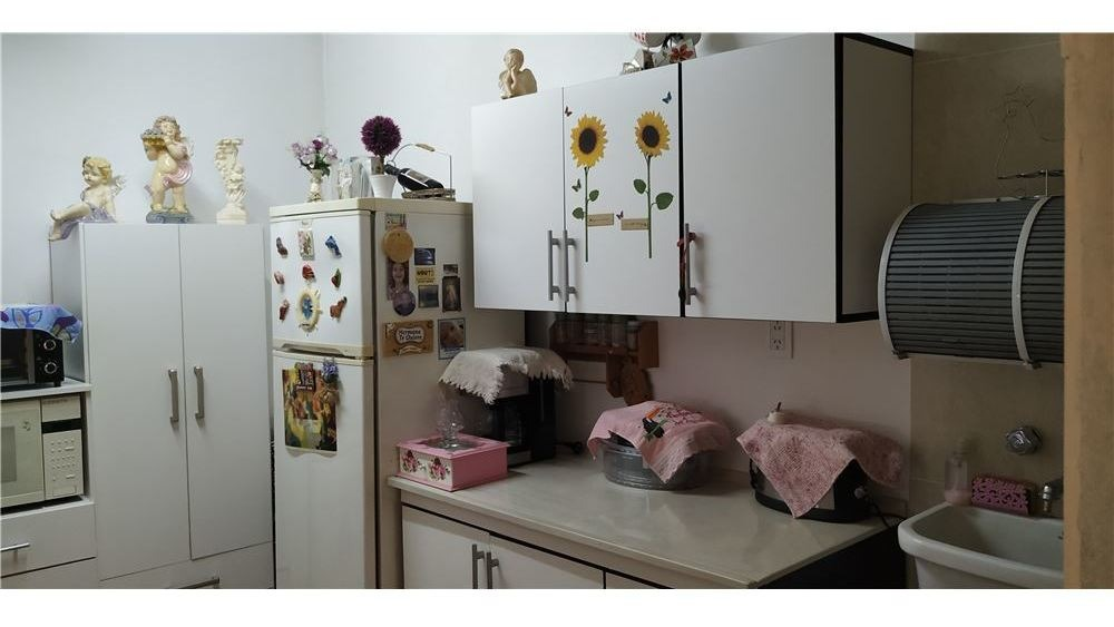 venta casa 3 amb con pileta y dpto en a.sourdeaux