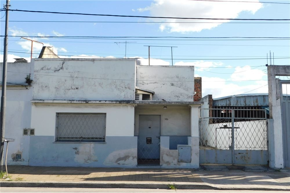 venta casa 3 amb galpon edificio a terminar
