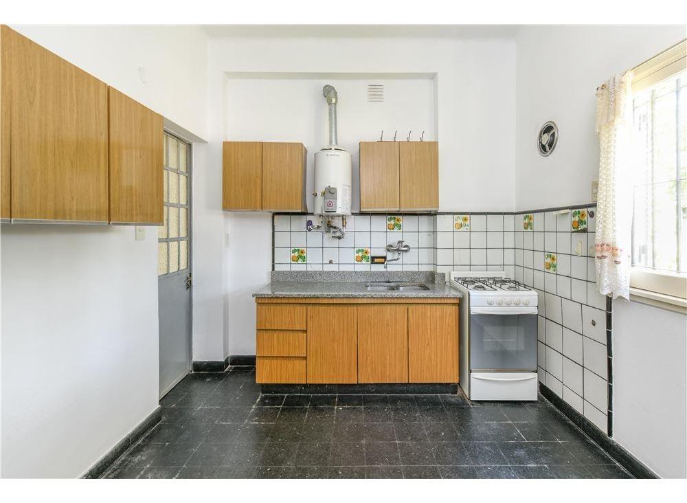 venta casa 3 ambientes bernal quilmes b. parque