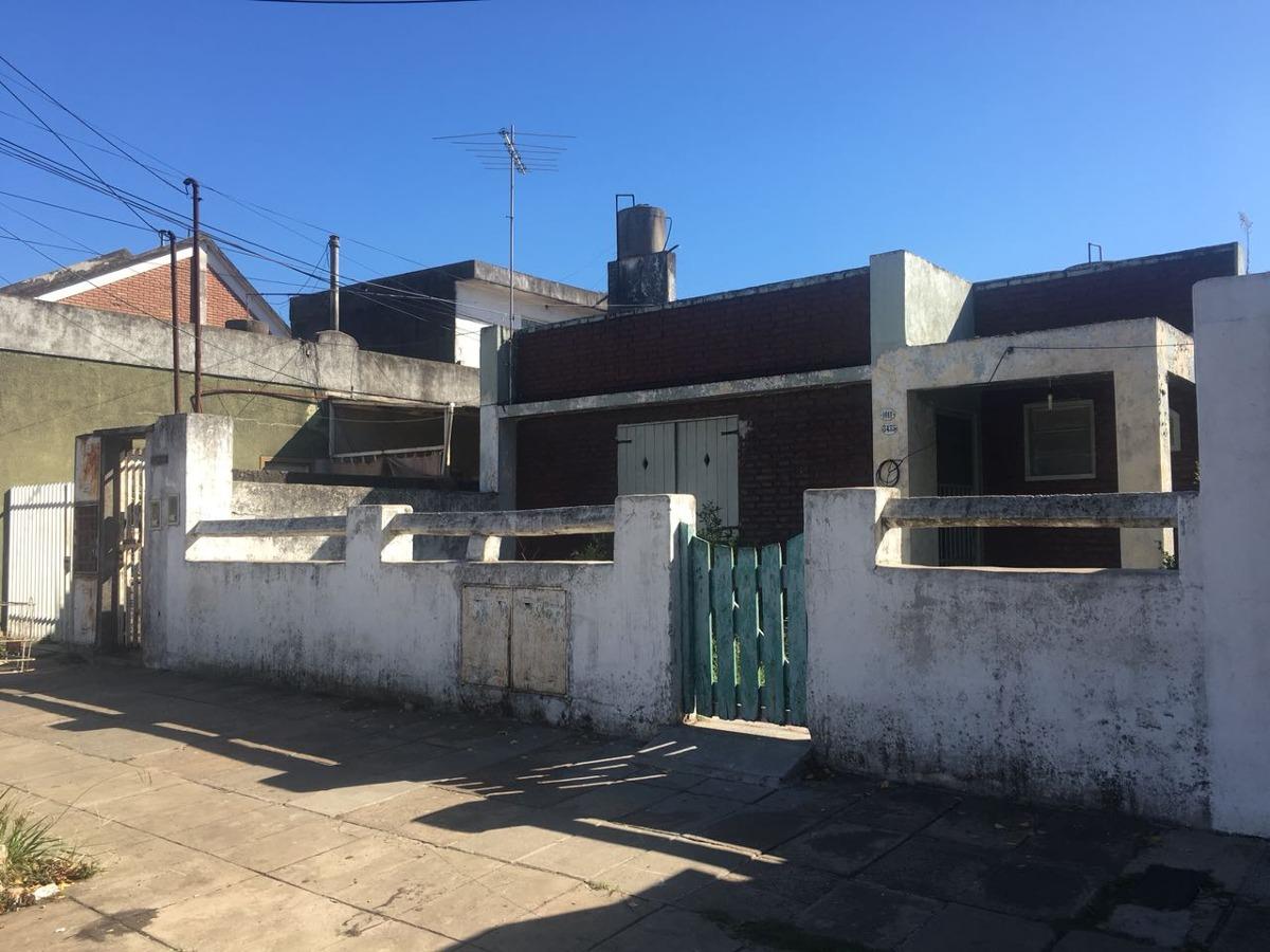 venta casa 3 ambientes + casa fondo caseros