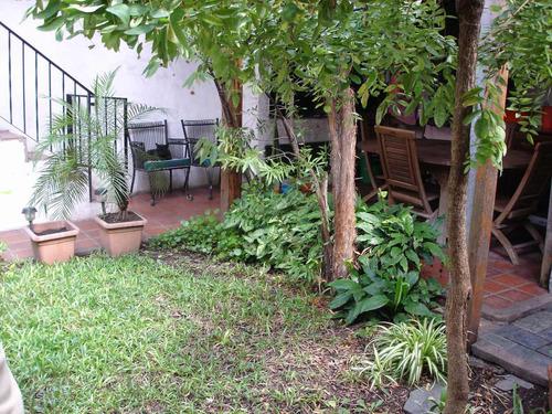 venta casa 3 ambientes cochera patio parque parrilla lugano
