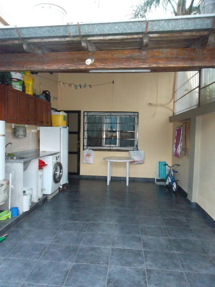 venta casa 3 ambientes con cochera, chilavert