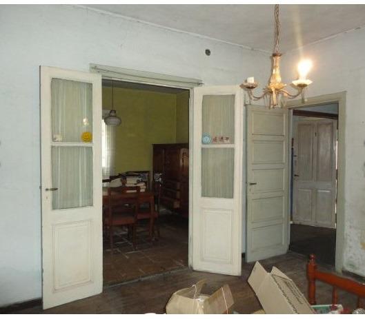 venta casa 3 ambientes con fondo jose marmol