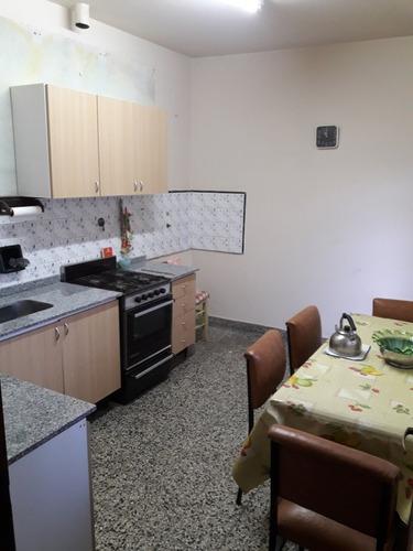 venta - casa - 3 ambientes - ideal 2 familias - apto crédito
