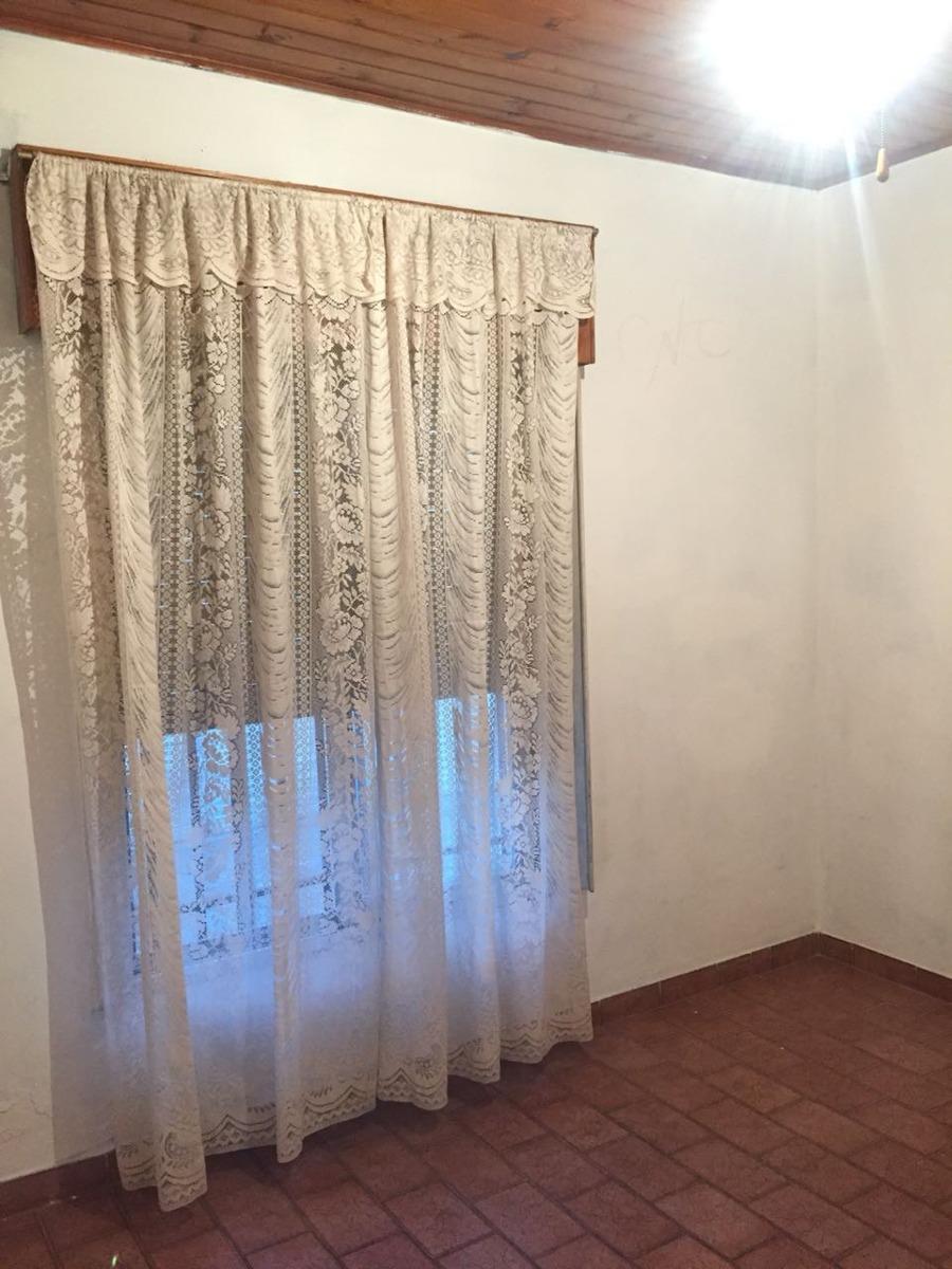 venta casa 3 ambientes llavallol