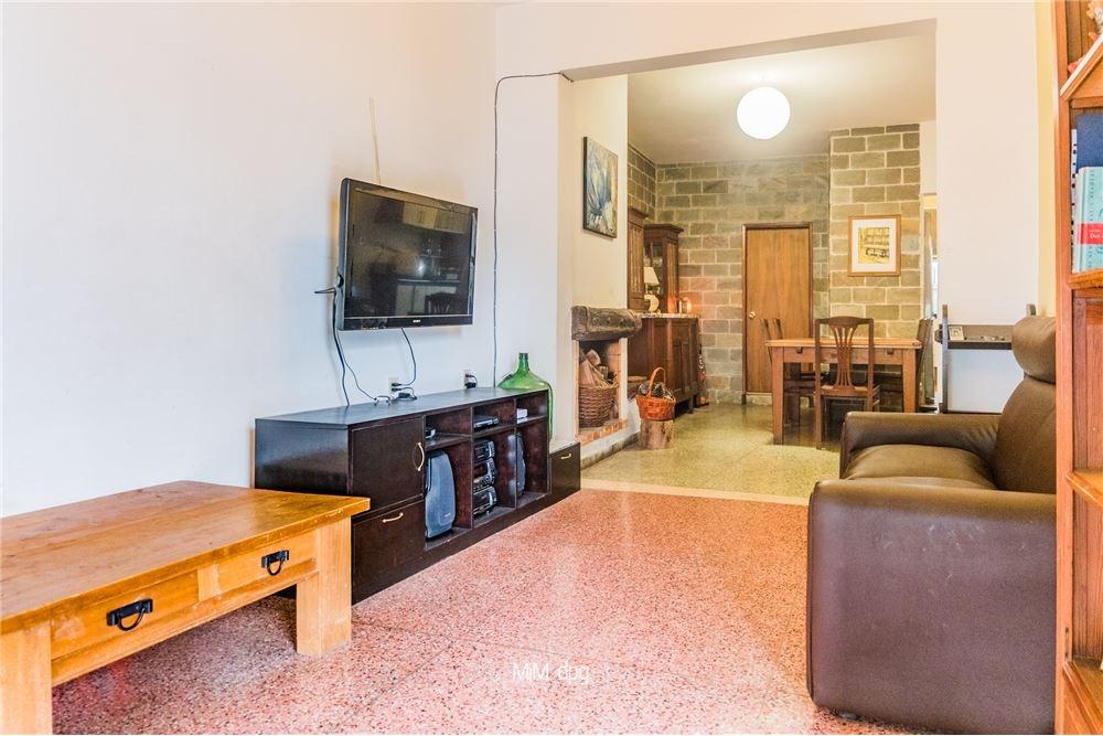 venta casa 3 dorm, 2 baños, frente c/parrillero.