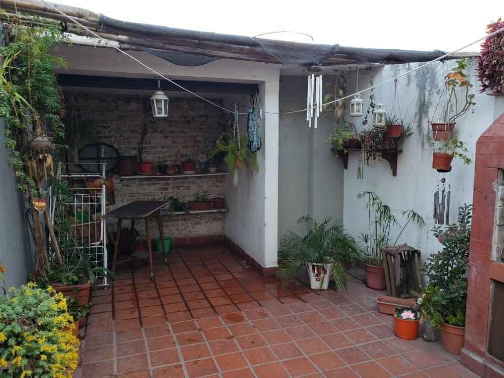 venta casa 3 dorm., cochera y patio