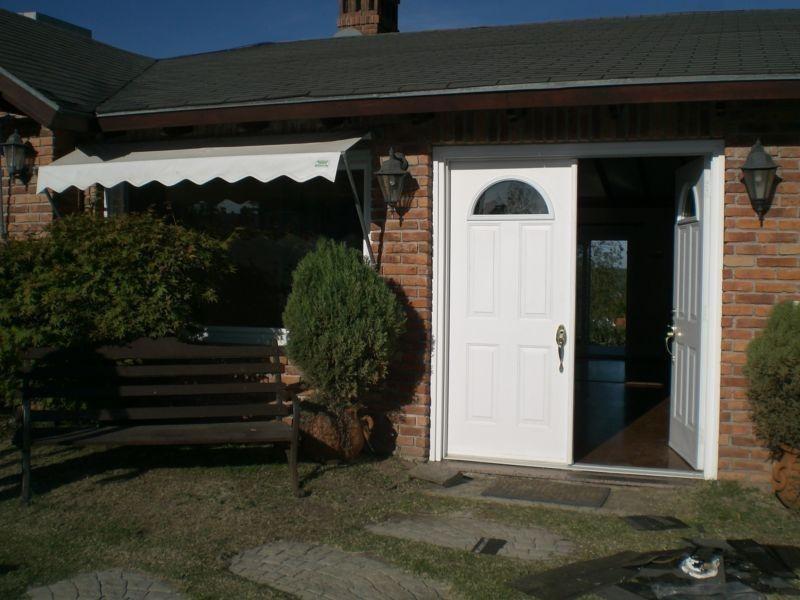 venta casa 3 dormitorios 3 baños lomas de la tahona #155