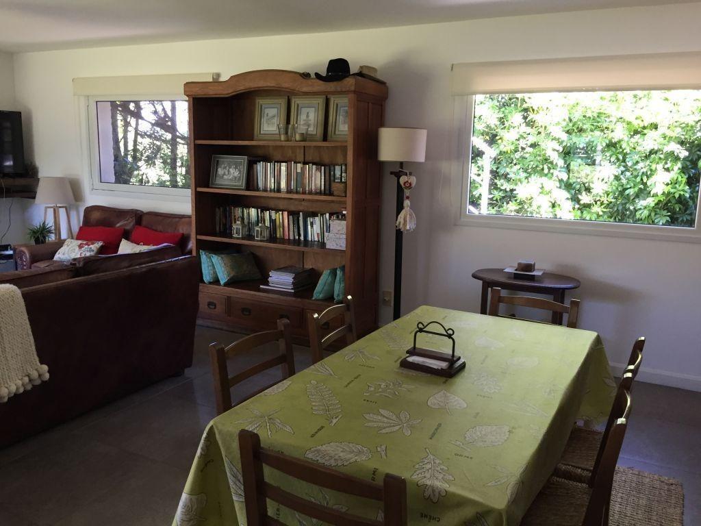 venta casa 3 dormitorios 4 baños lomas de la tahona piscina #363