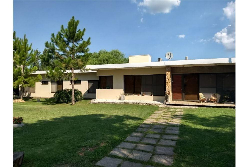 venta casa 3 dormitorios country portal de sol