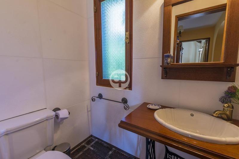 venta casa 3 dormitorios en suite más dependencia punta del este