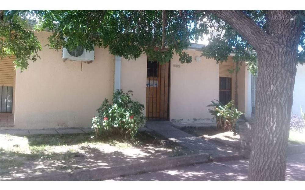 venta casa 3 dormitorios, lavadero, cochera