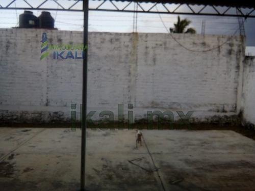 venta casa 3 recamaras colonia kawuatzin coatzintla veracruz. casa en venta ubicada en calle del trueno no. 4 en la colonia kawuatzin, en el municipio de coatzintla veracruz, con una superficie const