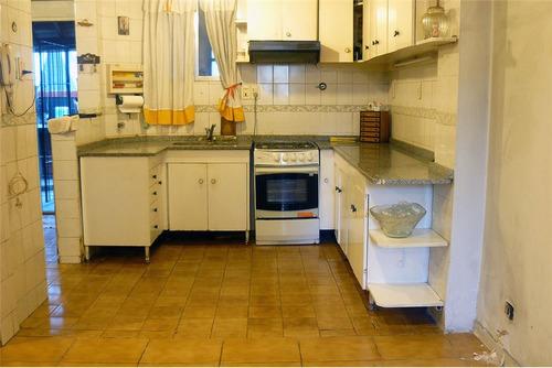 venta casa 3/4 ambientes con jardin y parrilla