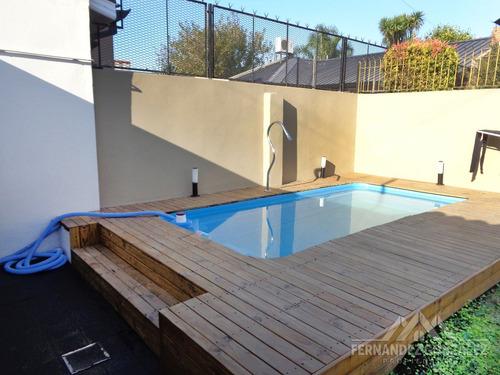 venta casa 4 amb. banfield con fondo, piscina y garage
