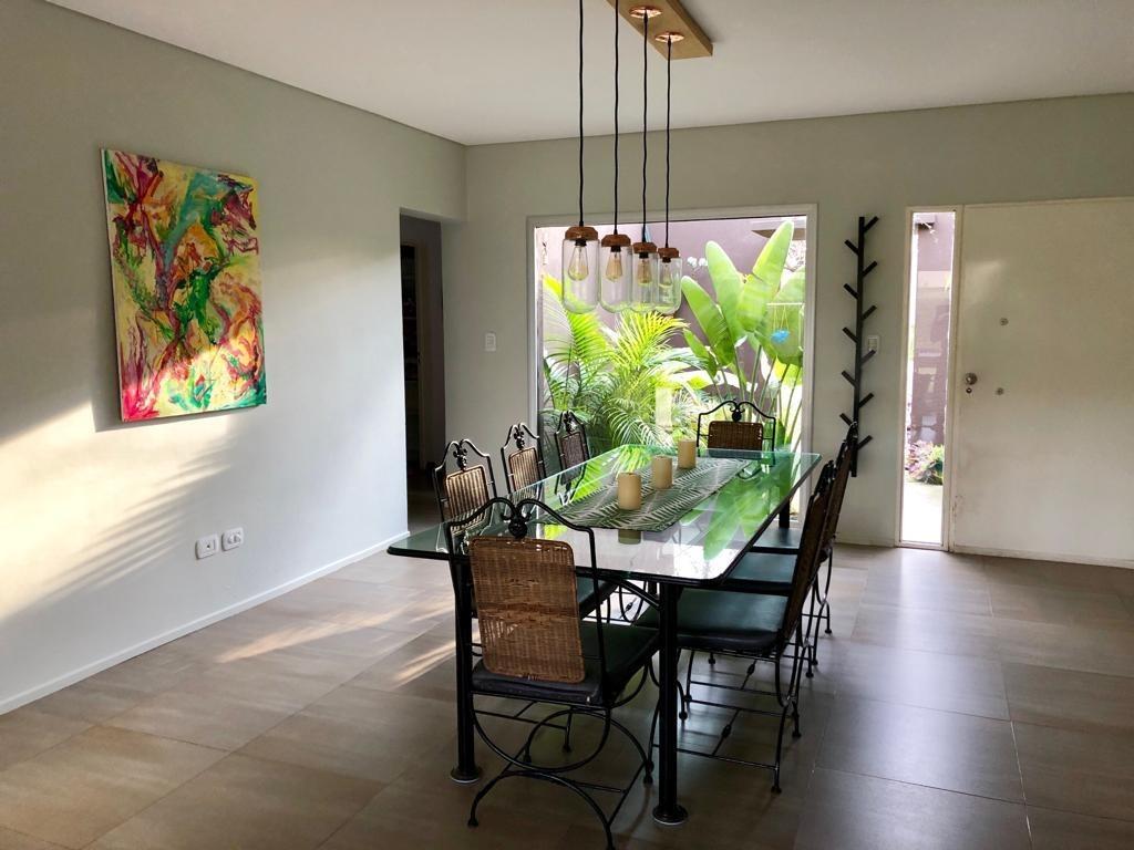 venta casa 4 amb barrio  la comarca   tigre