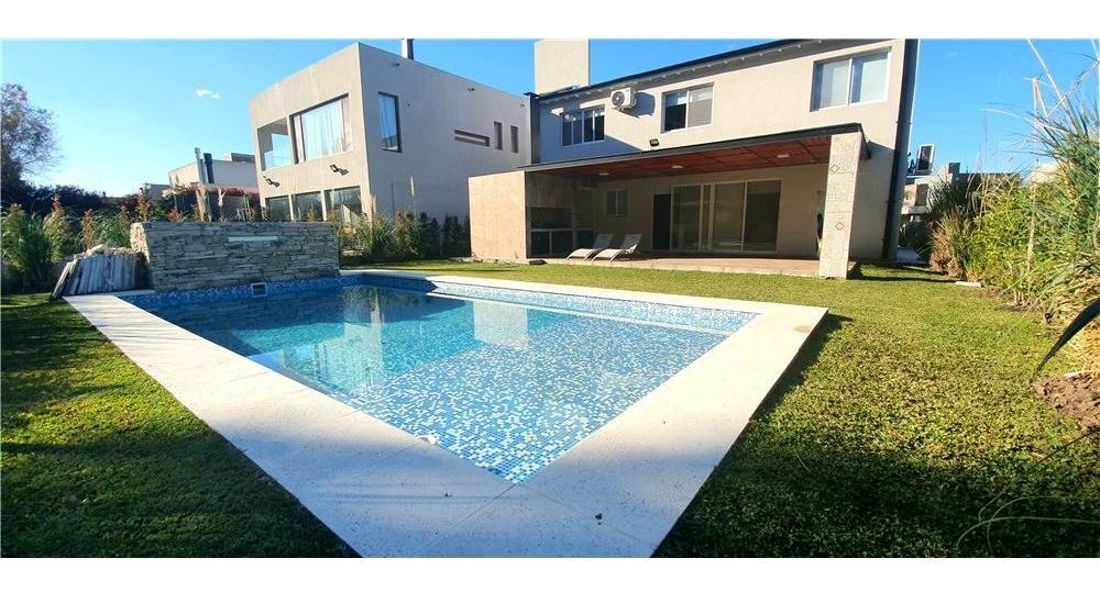 venta casa 4 amb. c/ piscina haras maria victoria
