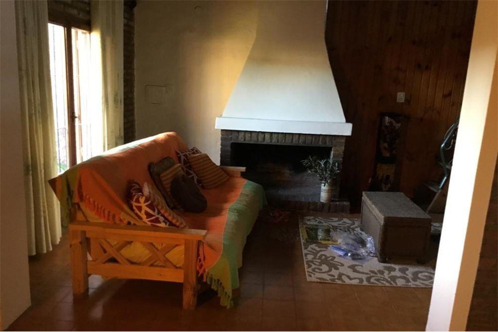 venta casa 4 amb, cochera, pileta y quincho