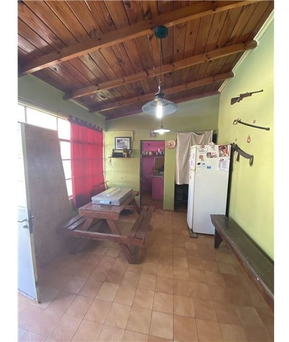 venta casa 4 amb con quincho y parrilla. a. korn