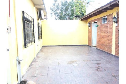 venta casa! 4 amb, patio y quincho longchamps